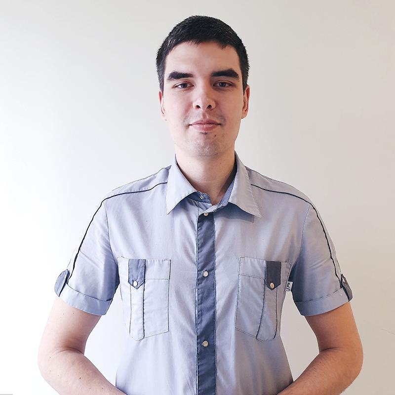 Григорян Артем Романович